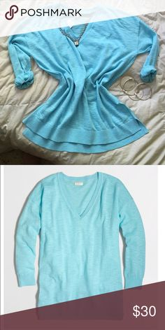 NWT J.Crew Slub v-neck sweater brand new 100% cotton. this lightweight Slub sweater is perfect for that effortlessly stylish and comfortable fit. can roll the sleeves up or down. j.crew factory J. Crew Tops