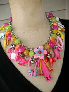 WAS $159. NOW $ 95 (DOES NOT INCLUDE FREE SHIPPING)    1980s Crazy - A Vintage Necklace For Your Inner Child!    This stunningly cute and kitsch