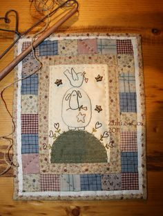 Zulu Co - I have the pattern on my Templates and Patterns board Zulu, Small Quilts, Mini Quilts, Wool Applique, Applique Quilts, Country Quilts, Christian Symbols, Animal Quilts, Doll Quilt