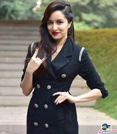Stylish Girls Photos, Stylish Girl Pic, Indian Actress Images, Indian Actresses, Beautiful Bollywood Actress, Most Beautiful Indian Actress, Cute Celebrities, Bollywood Celebrities, Indian Celebrities