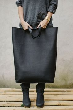 Oversized leather bag