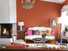 Pintura color terracota o teja Living Room Orange, Eclectic Living Room, Living Room Sofa, Living Spaces, Living Rooms, Color Terracota, Orange Walls, Coral Walls, Pink Room