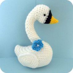 Amigurumi Pattern Crochet Swan Digital Download por AmyGaines, $3.00