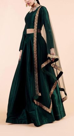 Excited to share this item from my etsy shop emerald green indian designer wedding engagement lehenga skirt indian bridesmaids outfit indian traditional lengha dress sangeet mehendi Indian Gowns Dresses, Indian Fashion Dresses, Dress Indian Style, Indian Designer Outfits, Designer Dresses, Pakistani Dresses, Pakistani Bridal, Bollywood Bridal, Shadi Dresses