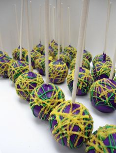 Purple & Yellow Cake pops   Great for Mardi Gras