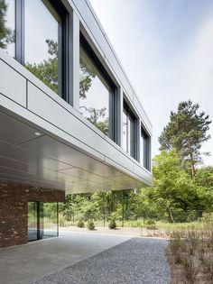 Villa in Potsdam | nps tchoban voss; Photo © Martin Tervoort | Archinect