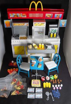Barbie McDonald's Stand Bar w/food and drinks 1:6th scale OOAK