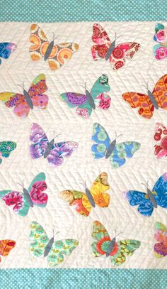 Baby quilt pattern BUTTERFLIES by www.blackmountainneedleworks.com. Easy and lovely.