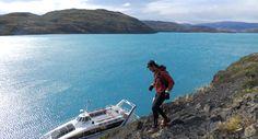 Recorrido extremo por los senderos de Torres del Paine ·(turismonacional.cl)·  Una de las aventuras más extremas que se pueden vivir, en uno de los lugares más hermosos del planeta. Corriendo por la la octava maravilla del mundo se convierte en un imperdible para los amantes de la naturaleza y el deporte.