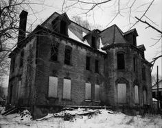 Erie Pennsylvania's first recorded Haunted House The first colonists to Erie Pennsylvania arrived in the mid 18thCentury, building a small town adjacent to the newly constructed Fr