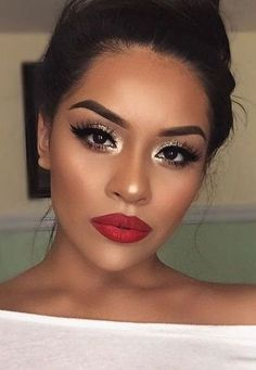 I love a beautiful golden eye look with a bold red lip