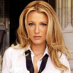 Blake Lively golden blonde