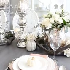 It was so fun to be featured with a handful of some of my favorite ladies last week @inspire_me_home_decor! There is a short clip of each of our fall decor. 🍂✨Here's a peek at mine. Go over and check it out for more #falldecor inspiration! And head on over to my blog @sheleavesalittlesparkle and click on my website in profile for both of my fall tours, fall treats and fall accessories! ✨🍂
