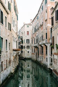 Venice — Egg Canvas in Venice, Italy via @eggcanvas