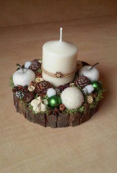 Karácsonyi dekoráció (Cs.T.)