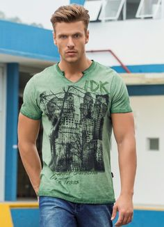 Camiseta Actual Verde Estampado - Posthaus