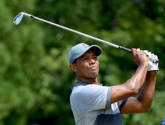 Tiger Woods signs exclusive deal with Bridgestone Famous Golfers, Golf Now, Ryder Cup, Tiger Woods, Golf Ball, Wonders Of The World, Divorce, Golf Clubs, Wood Signs