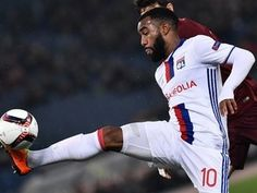 Borussia Dortmund to rival Arsenal for Lyon striker Alexandre Lacazette?