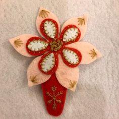 Season Handmade Felt Hair Clip – Flower  – HCF12