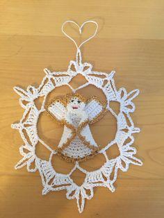 Beautiful pattern of a crochet angel snowflake by Owlistik on Etsy