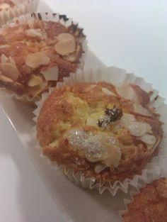 Almond and orange cupcakes - Pastissets d'ametlla i taronja - no tot són postres... a la cuina