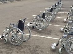 Georgia, e se i posti normali fosserooccupati dalle sedie a rotelle? Video