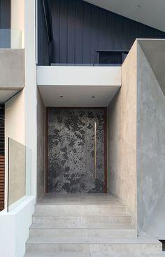 Mars Carved Door in Aluminium Lunar Antique