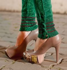 ~~ nude pumps with flair ~~