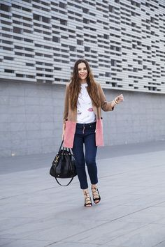 So happy that spring is here! Wearing a gorgeous suede coat today for a casual daytime look