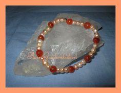 wunderschönes Armband Carneol und Süsswasserper... von glastropfen´s Kreativwerkstatt auf DaWanda.com