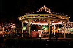 Collierville, Tennessee Christmas 2011. The Gazebo on the Square