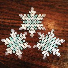 Snowflakes perler beads by slb005