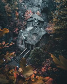 A foreboding cabin in the Czech Republic : pics – Wohnen Beautiful Architecture, Beautiful Buildings, Beautiful Homes, Beautiful Places, Gothic House, Fantasy Landscape, Landscape Pics, Cabins In The Woods, Abandoned Places