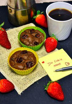 Czekoladowe babeczki z kaszy jaglanej  http://sokzycia.pl/babeczki-z-kaszy-jaglanej/  #sokzycia #millet #cupcakes #chocolate #strawberry #strawberries #taste #fit #calories #diet #dieta #recipe #cake #desert #aftergym #training #polishgirl #cookies #glutenfree #sugarfree #lactofree #vegetarian
