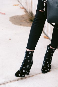 The Miller Affect wearing star booties from Sam Edelman # Fashion shoes The Sweater Trend Mode Shoes, Shoes Heels, Shoes Sneakers, High Heels, Prom Shoes, Wedding Shoes, Dress Shoes, Boots Cowboy, Shoes Adidas