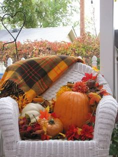 decorating the porch for autumn...