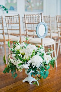 Ideas For Decorating Your Wedding Venue With Flowers ❤ See more: http://www.weddingforward.com/wedding-venue-flower-decoration/ #weddings