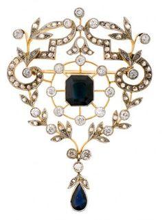 A sapphires and diamonds Belle Époque brooch, circa 1910 | Balclis Barcelona www.balclis.com #belleepoque #brooch