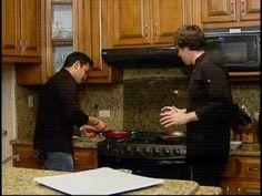 Sección de Cocina del programa Teledición Televisa Hermosillo, Son.  Receta: Pollo con crema de mango y limón   Al aire: 15/marzo/2012  chefmanuelsalcido@hotmail.com