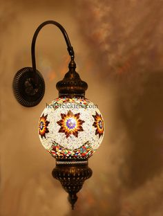 Turkish sconce Traditional Wall Sconces, Indian Home Design, Moroccan Furniture, Wood Lamps, Light Fittings, Lamp Design, Mosaic Art, Turkish Lamps, House Design