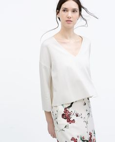 Image 2 of BELL SLEEVE CROP TOP from Zara