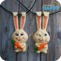 Polymer Clay Pendant, Fimo Clay, Polymer Clay Charms, Polymer Clay Art, Handmade Polymer Clay, Polymer Clay Jewelry, Clay Projects, Clay Crafts, Clay Mugs