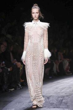 Valentino Ready To Wear Spring Summer 2016 Paris - NOWFASHION