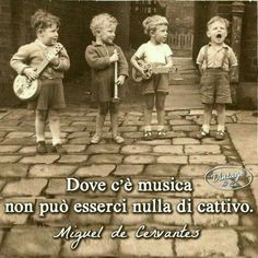 la musica ti da felicità apre il cuore e la mente