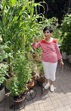 My aunt/the Bday Girl in 3wks Dr. Fe's award-winning garden in ☼The Baltimore Sun☼
