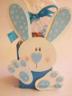 Footsteps Souvenir for Easter Easter Arts And Crafts, Egg Crafts, Easter Projects, Easy Crafts For Kids, Crafts To Sell, Diy And Crafts, Easter Peeps, Easter Party, Coloring Easter Eggs