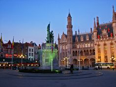 Markt Square - Things to Do in Bruges - The Trusted Traveller