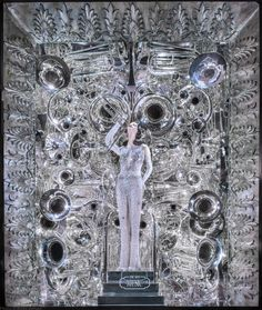 The most elaborate window displays from Barneys New York, Bergdorf Goodman, Bloomingdale's, and more. Christmas Windows, Christmas Window Display, Christmas Displays, New York Noel, Nyc Holidays, Retail Windows, Store Windows, Shop Window Displays, Display Windows