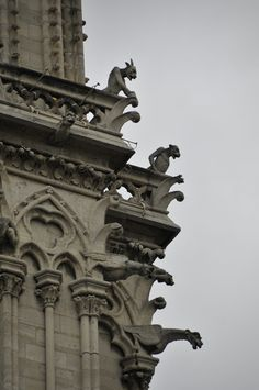Gargoyles watching from their places on ImpSec, or Cockroach Central. Image taken before ImpSec sank.