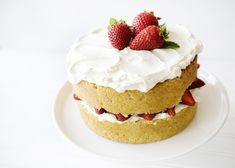 """This looks delicious, sounds even better """"White Chocolate Strawberry Cake"""""""